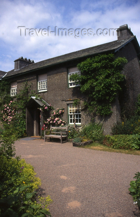england308: England (UK) - Sawrey, Hawkshead, Ambleside - Lake District: Beatrix Potter's cottage (photo by T.Brown) - (c) Travel-Images.com - Stock Photography agency - Image Bank