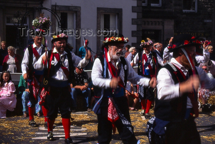england309: England (UK) - Kirbylongsdale - Lake District: Morris dancers - Morris dance (photo by T.Brown) - (c) Travel-Images.com - Stock Photography agency - Image Bank