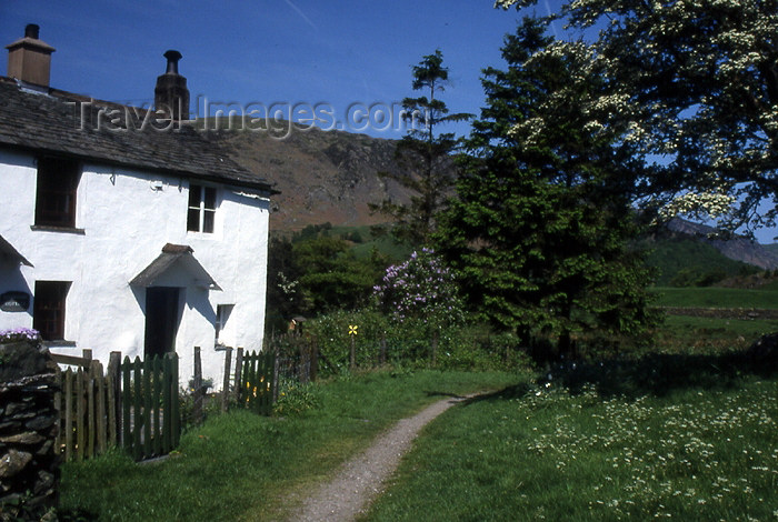 england319: England (UK) - Rosthwaite - Lake District - Cumbria: cottage (photo by T.Brown) - (c) Travel-Images.com - Stock Photography agency - Image Bank
