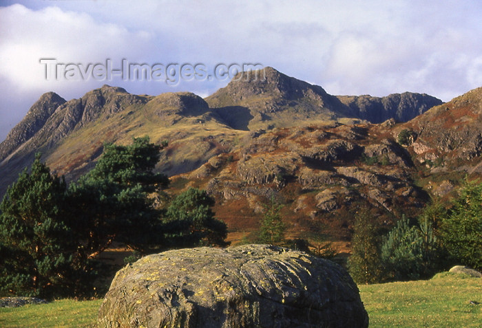 england322: England (UK) - Rynose pass - Lake District: rocky landscape (photo by T.Brown) - (c) Travel-Images.com - Stock Photography agency - Image Bank
