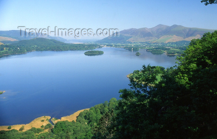 england325: England (UK) - Derwent Water - Lake District: lake view - Derwentwater (photo by T.Brown) - (c) Travel-Images.com - Stock Photography agency - Image Bank