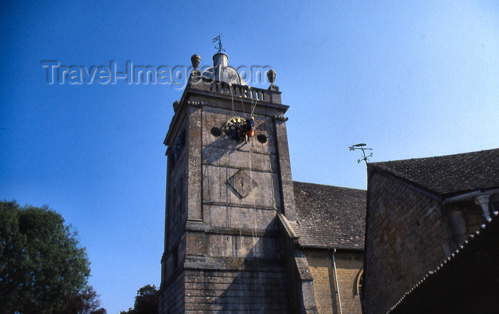 england331: England (UK) - Bourton-on-the-Water (Gloucestershire): painting the church clock - Cotswolds - photo by T.Brown - (c) Travel-Images.com - Stock Photography agency - Image Bank