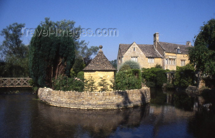 england332: England (UK) - Bourton-on-the-Water (Gloucestershire): old mill - Cotswolds - photo by T.Brown - (c) Travel-Images.com - Stock Photography agency - Image Bank