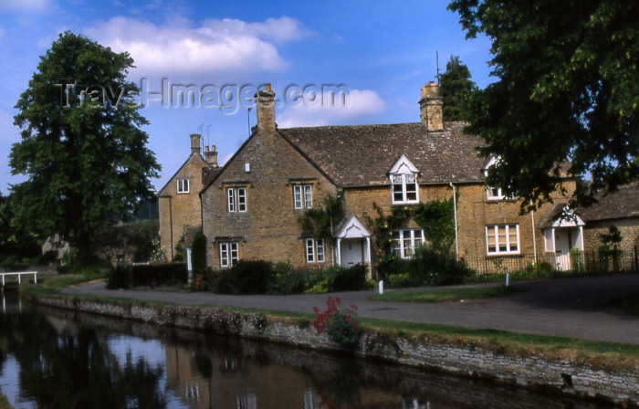 england336: England (UK) - Lower Slaughter (Gloucestershire): by the canal - Cotswolds - photo by T.Brown - (c) Travel-Images.com - Stock Photography agency - Image Bank