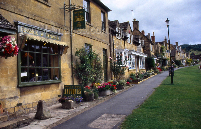 england343: Broadway, Cotswolds, Worcestershire, England (UK): Fenwick and Fenwick antiques shop - High Street - photo by T.Brown - (c) Travel-Images.com - Stock Photography agency - Image Bank