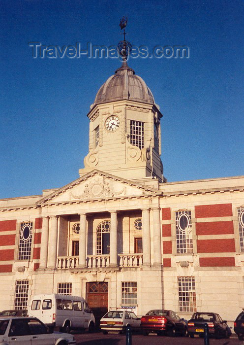 england39: England (UK) - Southampton (Hampshire): harbour building - photo by M.Torres - (c) Travel-Images.com - Stock Photography agency - Image Bank