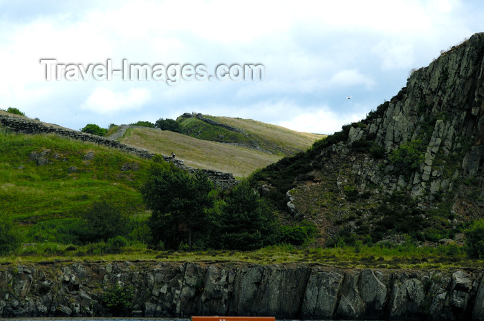 england395: England (UK) - Northumberland - Hadrian's Wall - once marked the northern limes in Britain - photo by C.McEachern - (c) Travel-Images.com - Stock Photography agency - Image Bank