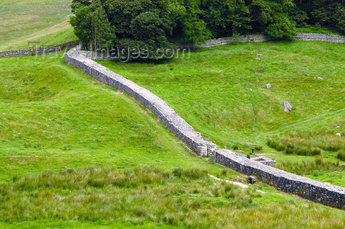 england396: England (UK) - Northumberland - Hadrian's Wall - Roman stone and turf fortification - photo by C.McEachern - (c) Travel-Images.com - Stock Photography agency - Image Bank