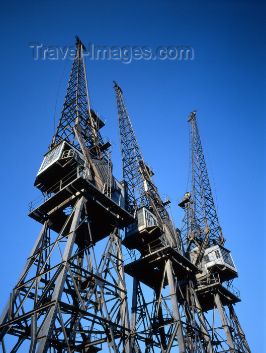 england407: London: cranes, West India Docks - Isle of Dogs - Tower Hamlets - photo by A.Bartel - (c) Travel-Images.com - Stock Photography agency - Image Bank