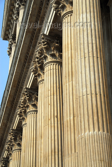 england412: London, England: St Paul's Anglican Cathedral - columns - West Porch - Western façade - photo by M.Torres - (c) Travel-Images.com - Stock Photography agency - Image Bank