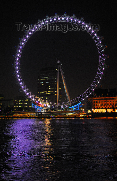 england418: London: British Airways London Eye - Millennium Wheel - at night - photo by M.Torres - (c) Travel-Images.com - Stock Photography agency - Image Bank