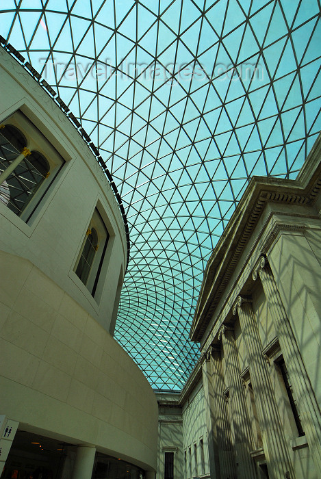 england425: London: British museum - Queen Elizabeth II Great Court around the former Reading Room - Eastern side - the largest covered square in Europe - photo by M.Torres - (c) Travel-Images.com - Stock Photography agency - Image Bank