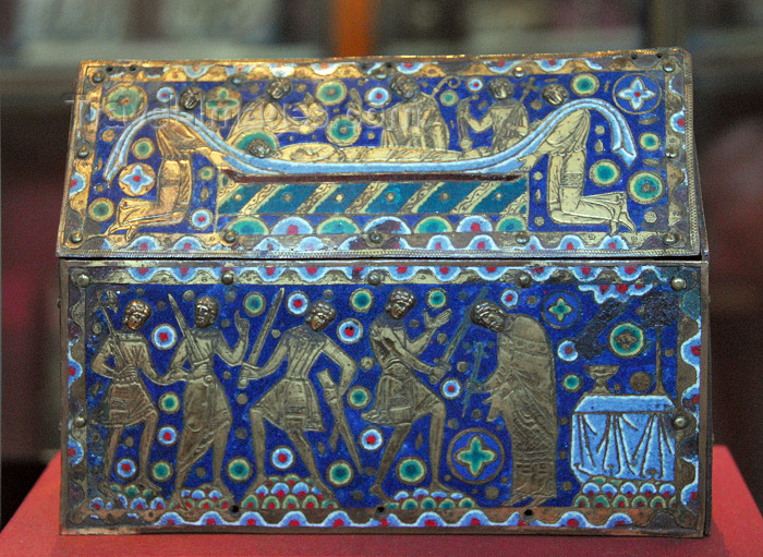 england427: London: British museum - Thomas Becket reliquary - Limoges enamel - photo by M.Torres - (c) Travel-Images.com - Stock Photography agency - Image Bank