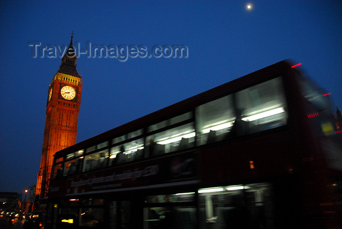 england437: London: Big Ben and London bus at night - Bridge street - photo by  M.Torres - (c) Travel-Images.com - Stock Photography agency - Image Bank