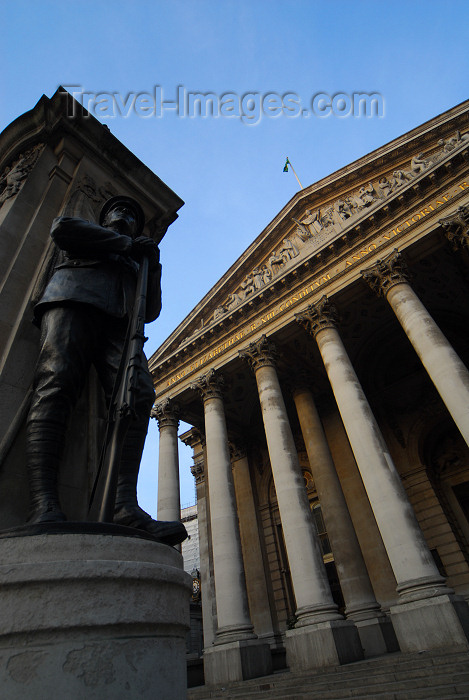 england448: London: Royal Exchange and war monument - architect Sir William Tite - City of London - photo by M.Torres - (c) Travel-Images.com - Stock Photography agency - Image Bank