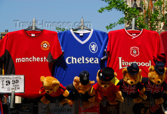 england462: London: football shirts - Manchester United, Chelsea, Liverpool - Oxford street - replica shirts - photo by  M.Torres - (c) Travel-Images.com - Stock Photography agency - Image Bank