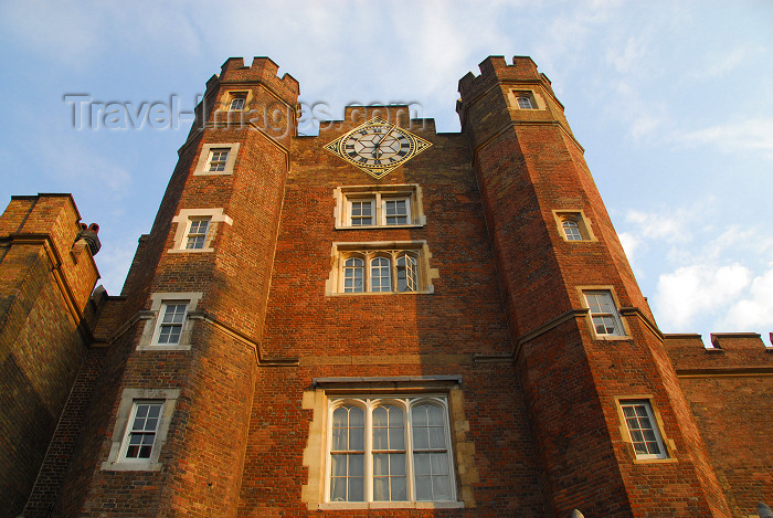 england472: London: St James palace - Cleveland row - photo by Miguel Torres - (c) Travel-Images.com - Stock Photography agency - Image Bank