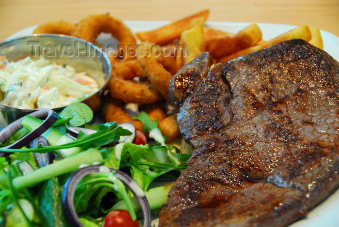england488: London: 10 oz rumpsteak - food - meal - meat - photo by M.Torres - (c) Travel-Images.com - Stock Photography agency - Image Bank