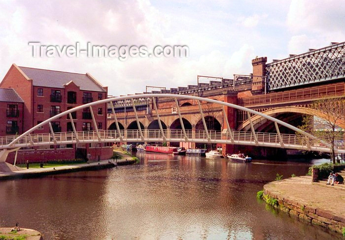 england50: Manchester, North West, England: Castle field - canal and bridge - photo by M.Torres - (c) Travel-Images.com - Stock Photography agency - Image Bank