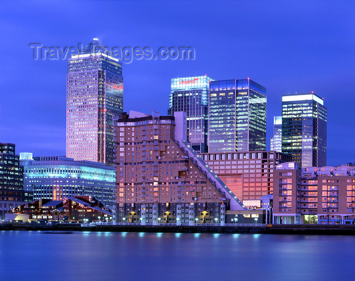 england535: Tower Hamlets, London, England: Cascades tower and One Canada Square tower - Canary Wharf, Docklands - West India Quay, Isle of Dogs - photo by A.Bartel - (c) Travel-Images.com - Stock Photography agency - Image Bank