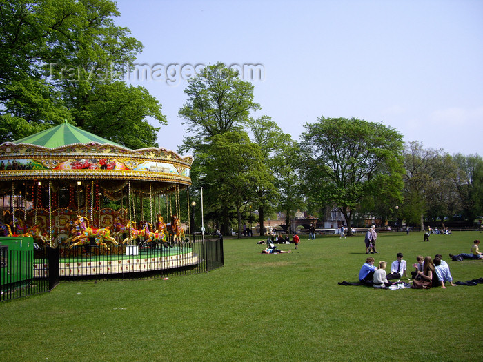 england541: Stratford-upon-Avon - Warwickshire, England: carousel in the park - photo by T.Brown - (c) Travel-Images.com - Stock Photography agency - Image Bank