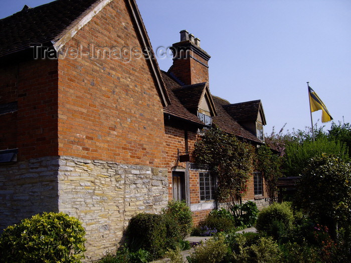 england543: Stratford-upon-Avon - Warwickshire, England: Shakespeare mother's 'new' home - photo by T.Brown - (c) Travel-Images.com - Stock Photography agency - Image Bank