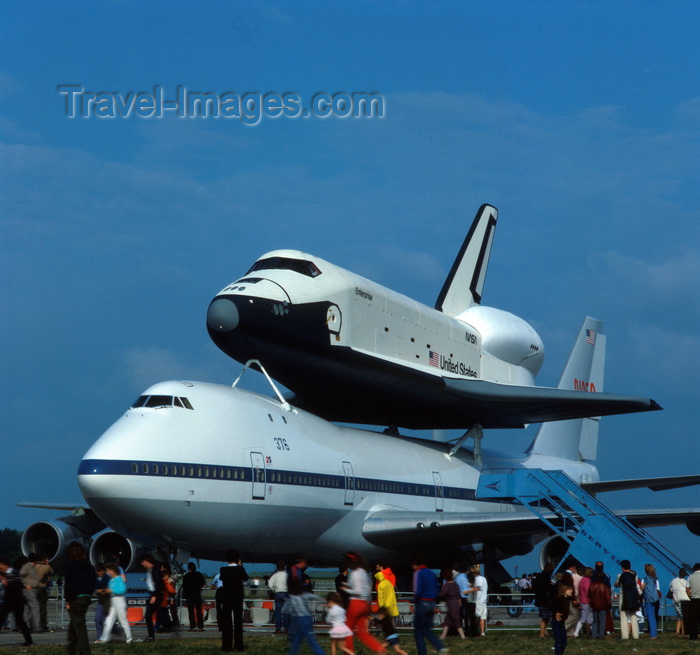 england55: Stanstead, Essex, England: Space Shuttle,  Jumbo Jet, Lodon Stanstead Airport - photo by A.Bartel - (c) Travel-Images.com - Stock Photography agency - Image Bank