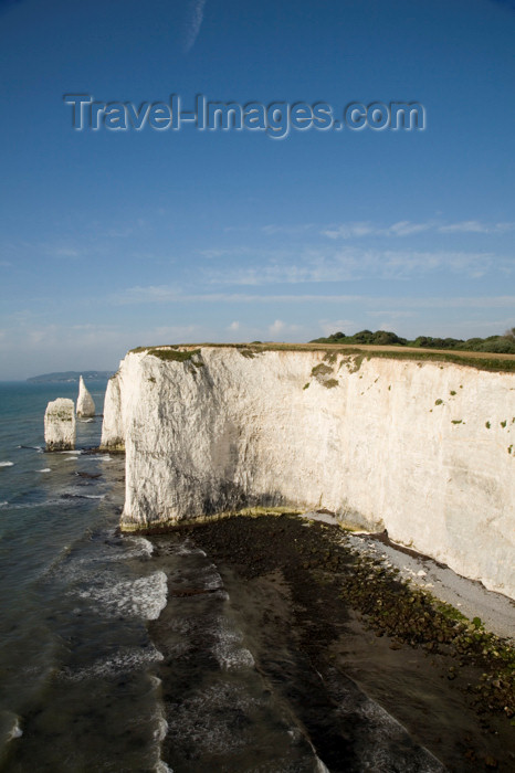 england550: Old Harry Rocks, Jurassic Coast, Dorset, England: named either after the Devil or a famous Poole pirate, Harry Paye - UNESCO World Heritage Site - photo by I.Middleton - (c) Travel-Images.com - Stock Photography agency - Image Bank
