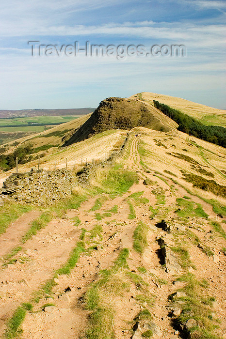 england605: Peak District, Derbyshire, England: path leading to Mam Tor from Losehill - near Castleton - photo by I.Middleton - (c) Travel-Images.com - Stock Photography agency - Image Bank