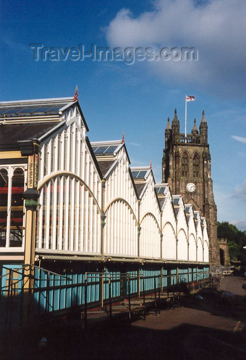 england62: Stockport (Greater Manchester): the market (photo by Miguel Torres) - (c) Travel-Images.com - Stock Photography agency - Image Bank