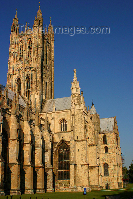 england625: Canterbury, Kent, South East England: Canterbury Cathedral, founded by St Augustine - cental tower - photo by I.Middleton - (c) Travel-Images.com - Stock Photography agency - Image Bank