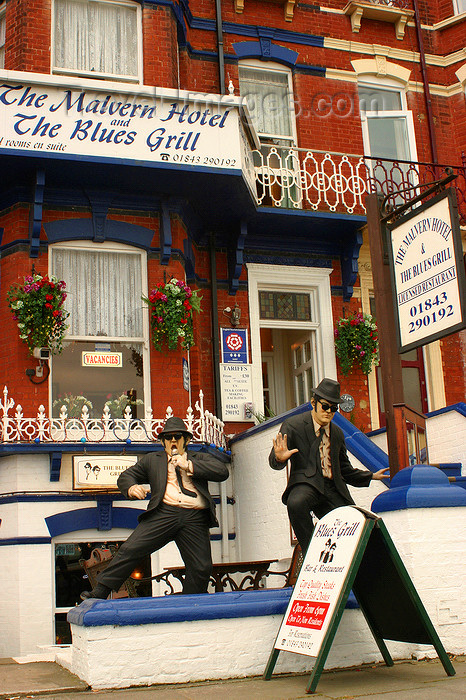 england638: Margate, Kent, South East England: Jake and Elwood, the Blues Brothers outside the Malvern hotel and blues grill - Eastern Esplanade, Cliftonville - photo by I.Middleton  - (c) Travel-Images.com - Stock Photography agency - Image Bank