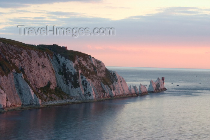 england688: Isle of Wight, South East England, UK: the needles - chalk stacks off the North West coast - entrance to the Solent - photo by I.Middleton - (c) Travel-Images.com - Stock Photography agency - Image Bank