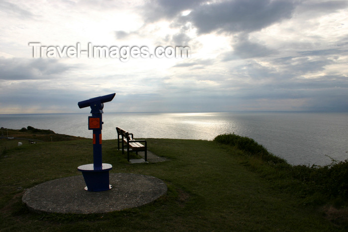 england693: Portland Bill, Dorset, South West England, UK: telescope and the English Channel - Jurassic Coast, a UNESCO World Heritage Site - photo by I.Middleton - (c) Travel-Images.com - Stock Photography agency - Image Bank