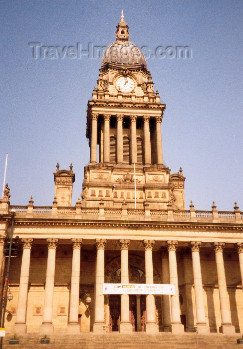 england71: Leeds / LBA, West Yorkshire, England: City Hall - photo by M.Torres - (c) Travel-Images.com - Stock Photography agency - Image Bank