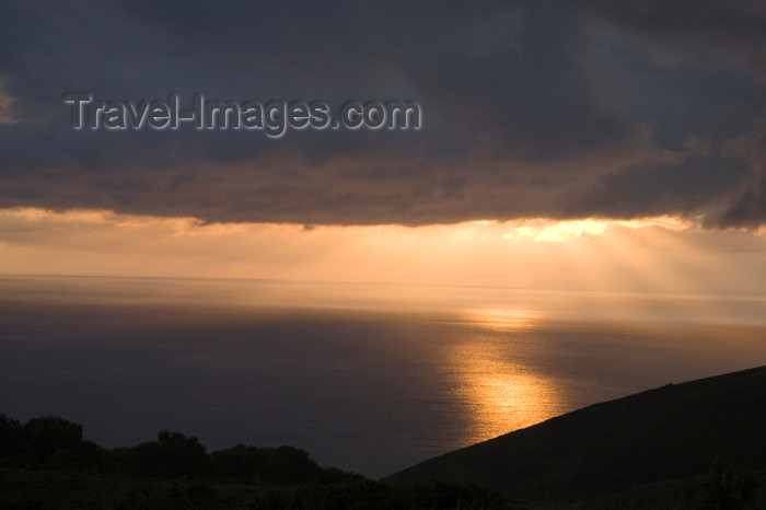 england734: Exmoor NP, Somerset, South West England, UK: Exmoor coast at sunset - Bristol Channel coast - Môr Hafren - photo by I.Middleton - (c) Travel-Images.com - Stock Photography agency - Image Bank