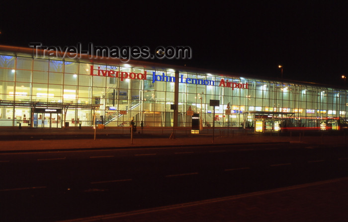 england744: Liverpool, Merseyside, North West England, UK: Liverpool John Lennon Airport, former Speke airport - LPL - EGGP - terminal, land side - photo by T.Brown - (c) Travel-Images.com - Stock Photography agency - Image Bank