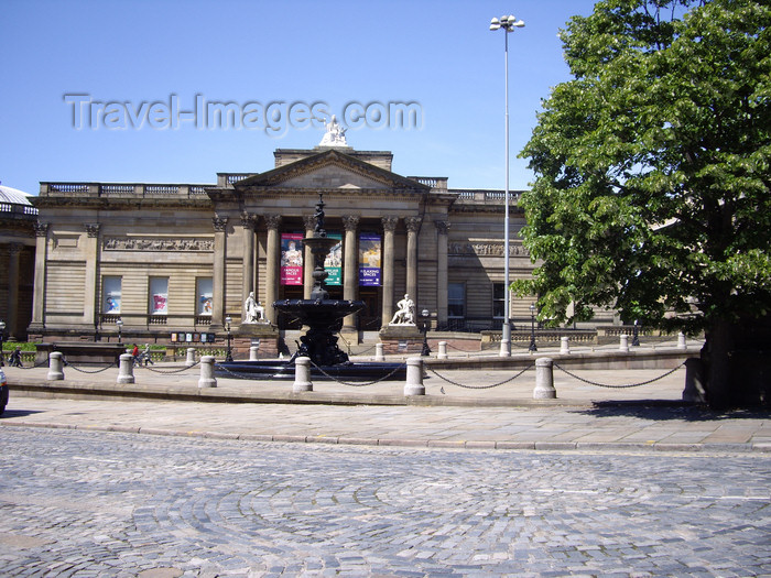england746: Liverpool, Merseyside, North West England, UK: Walker Art Gallery - William Brown Street - architects Cornelius Sherlock and H.H. Vale - photo by T.Brown - (c) Travel-Images.com - Stock Photography agency - Image Bank