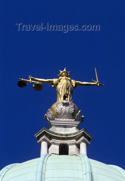 england770: London, England: dome of the Old Bailey - Scales of Justice - Lady Justice, by the sculptor Frederick William Pomeroy - Iustitia - Central Criminal Court - The City - photo by A.Bartel - (c) Travel-Images.com - Stock Photography agency - Image Bank