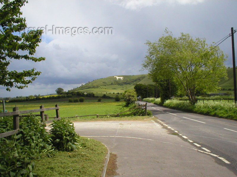 england78: Westbury (Wiltshire): the Westbury White Horse - photo by N.Clark - (c) Travel-Images.com - Stock Photography agency - Image Bank