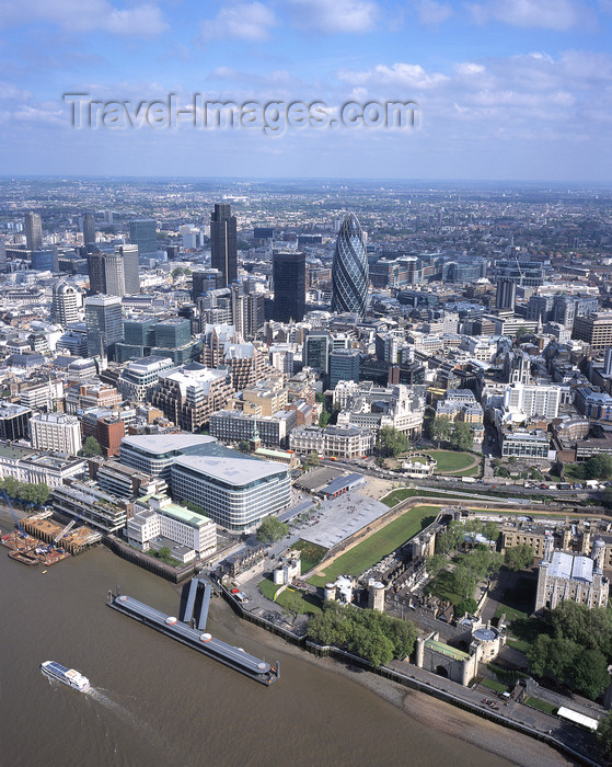 england796: London, England: The City and the Thames - Aerial - photo by A.Bartel - (c) Travel-Images.com - Stock Photography agency - Image Bank