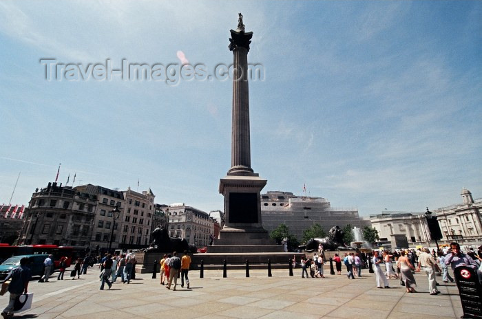 england95: London: Nelson column - Trafalgar square - Westminster - photo by Craig Ariav - (c) Travel-Images.com - Stock Photography agency - Image Bank