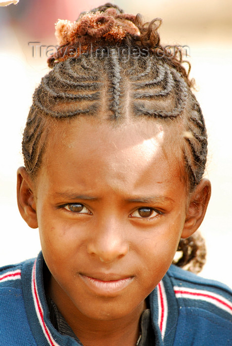 eritrea17: Eritrea - Asmara: typical hairstyle of Eritrean women - photo by E.Petitalot - (c) Travel-Images.com - Stock Photography agency - Image Bank