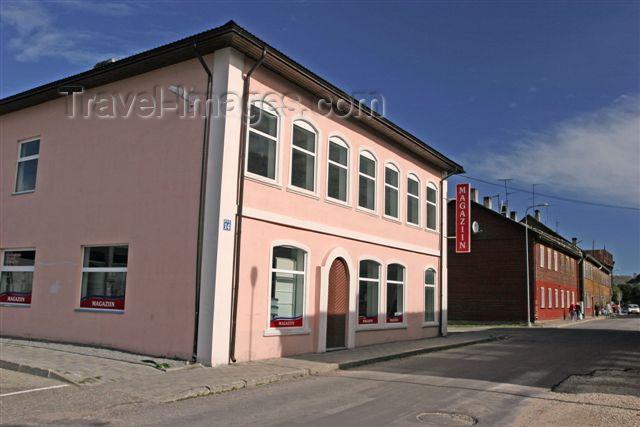 estonia102: Estonia - Valga: shop - Riia street - photo by A.Dnieprowsky - (c) Travel-Images.com - Stock Photography agency - Image Bank