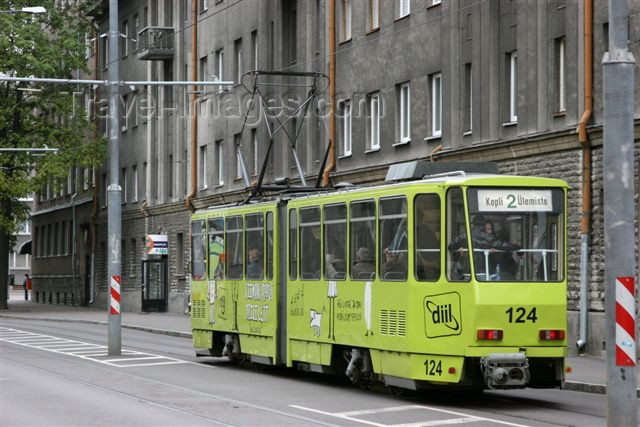estonia118: Estonia -  Tallinn: yellow tram - Tatra KT4 - tramway - urban transportation - photo by A.Dnieprowsky - (c) Travel-Images.com - Stock Photography agency - Image Bank