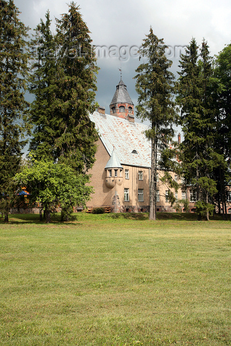 estonia135: Estonia - Taagepera: Taagepera castle - von Rehbinder manor - Valgamaa - Jugendstil architecture by Otto Wildau - photo by A.Dnieprowsky - (c) Travel-Images.com - Stock Photography agency - Image Bank