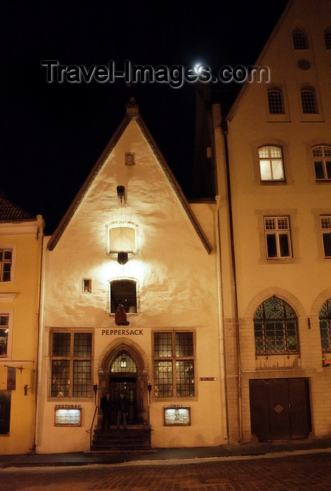 estonia168: Estonia - Tallinn - Old Town - Peppersack Restaurant - photo by K.Hagen - (c) Travel-Images.com - Stock Photography agency - Image Bank