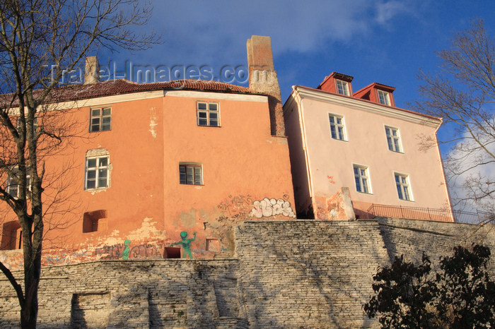 estonia172: Estonia - Tallinn - Old Town - Toompea Hill houses with grafitti - photo by K.Hagen - (c) Travel-Images.com - Stock Photography agency - Image Bank