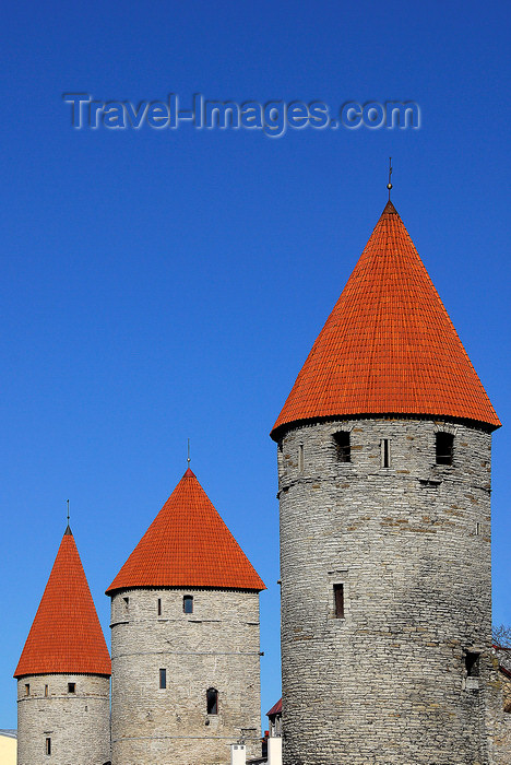 estonia191: Estonia, Tallinn: Old town wall towers - conical red roofs - photo by J.Pemberton - (c) Travel-Images.com - Stock Photography agency - Image Bank
