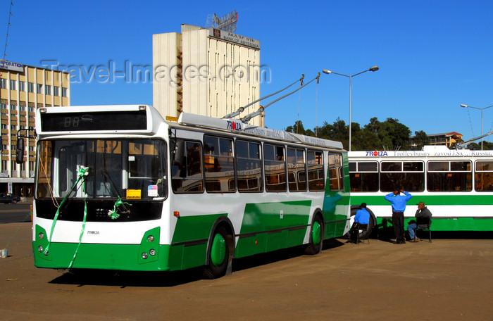 ethiopia105: Addis Ababa, Ethiopia: Trolza trolleybuses from Engels city - Kosakenstadt, Saratov Oblast, Russia - Meskal square - photo by M.Torres - (c) Travel-Images.com - Stock Photography agency - Image Bank
